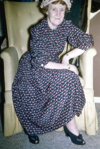 Aunt Della married Clem who ate clams and dropped dead.