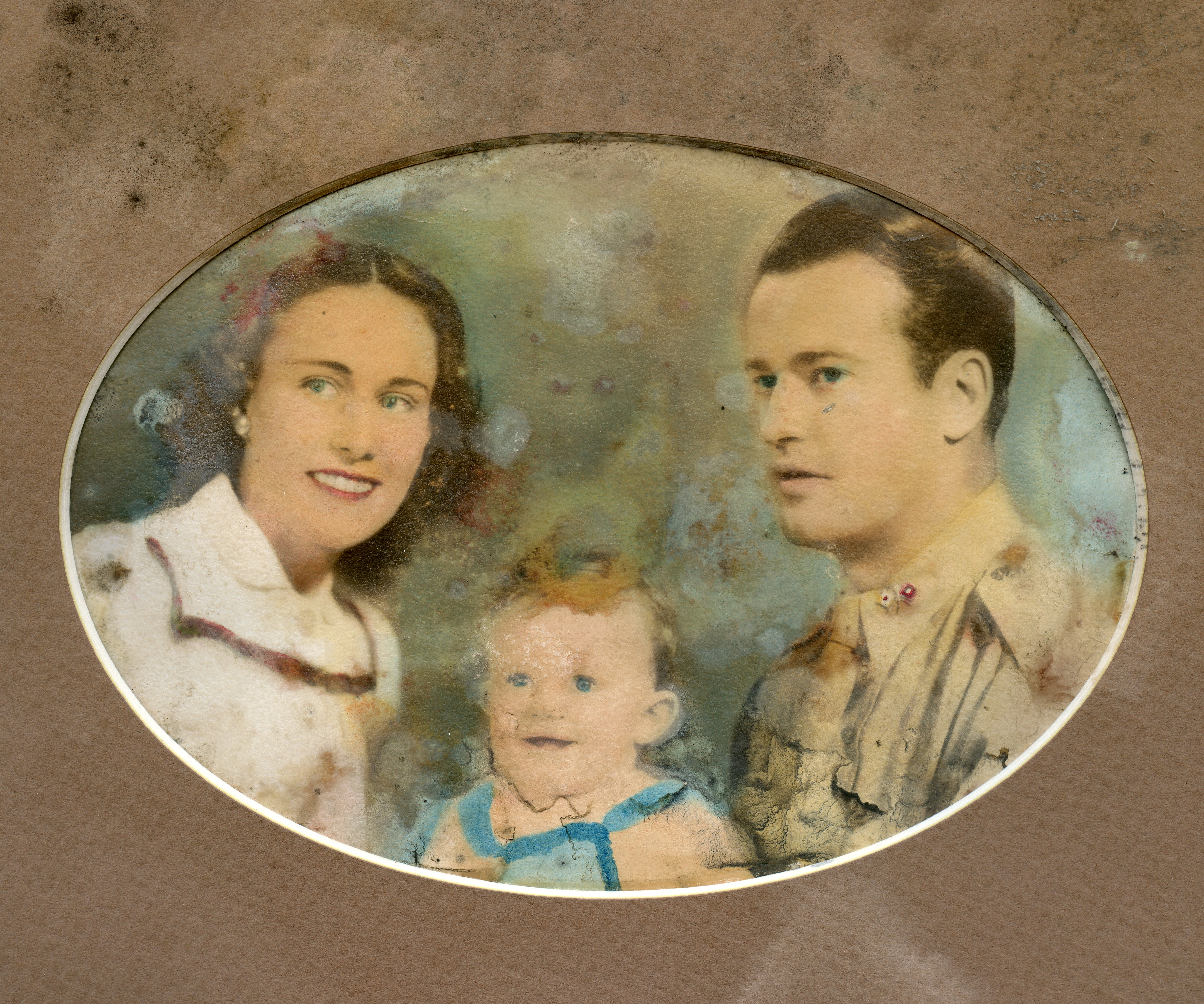 Film Hail The Conquering Hero Wartime Family Portrait Low Res