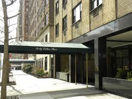 Cal Young lived in a rent-controlled apartment at 40 Sutton Place.